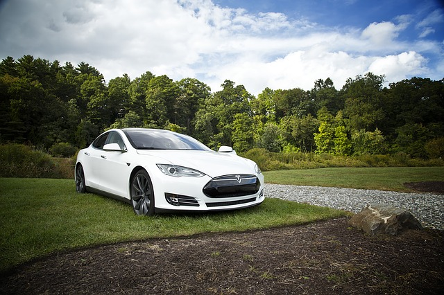 moderní Tesla